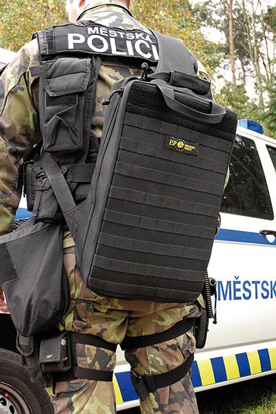Použití taktického batohu UTB-01